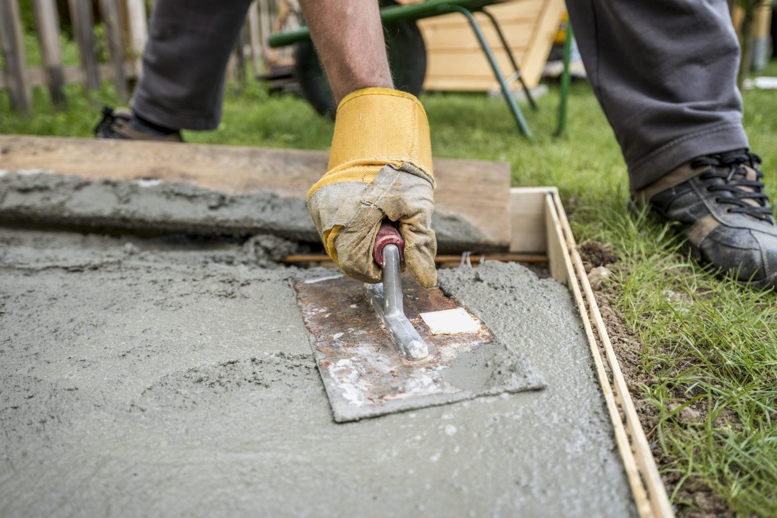 Почему разрушаются отдельные сооружения, построенные из бетона?
