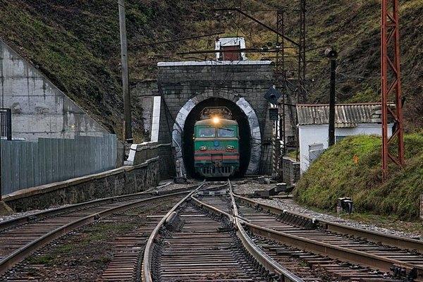 Факты о строительстве первого железнодорожнего тоннеля в Украине