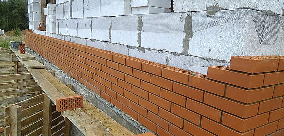 Применение газобетона и кирпича в строительстве